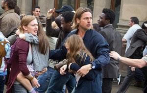 Brad Pitt vlucht voor zombies