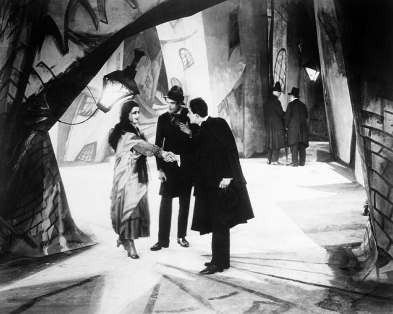 Das Cabinet des Dr. Caligari: Jane, Alan en Francis in Holstenwall